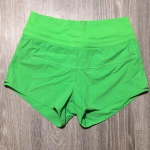Lululemon size 6 green running short